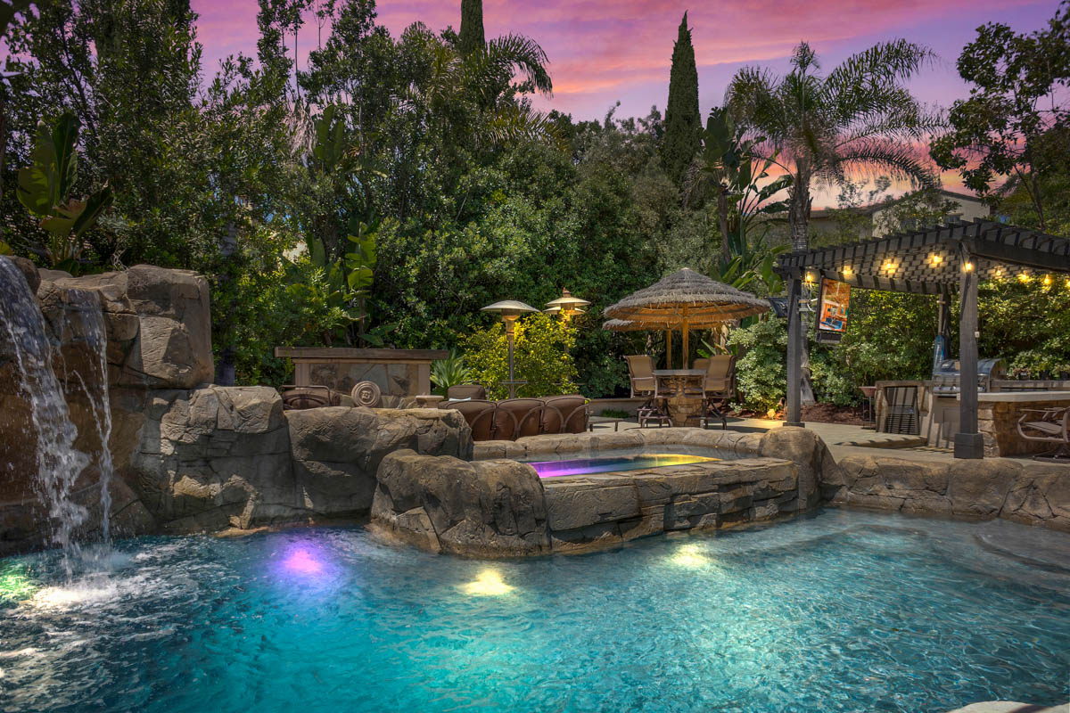 hdr pool real estate photo